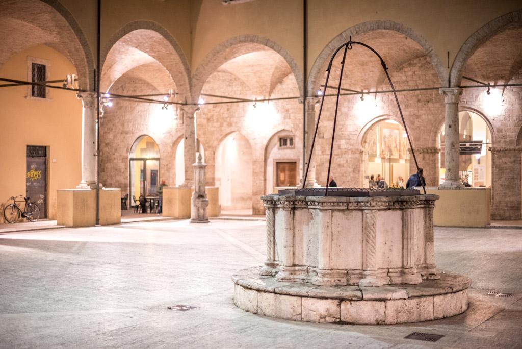 Il pozzo nel Chiostro Maggiore
